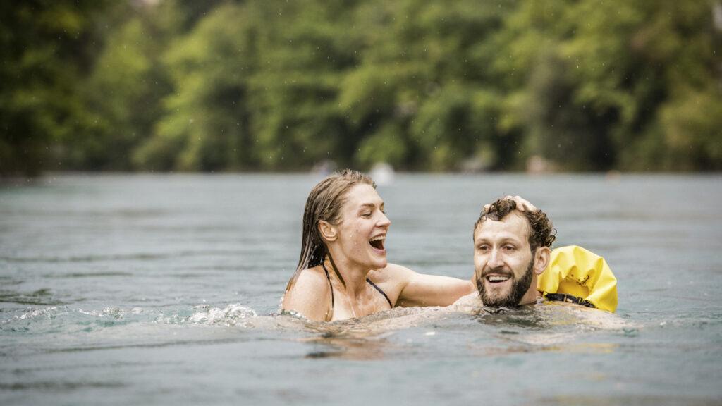 Berna, l'urban swimming è una delle attività più amate da cittadini e turisti
