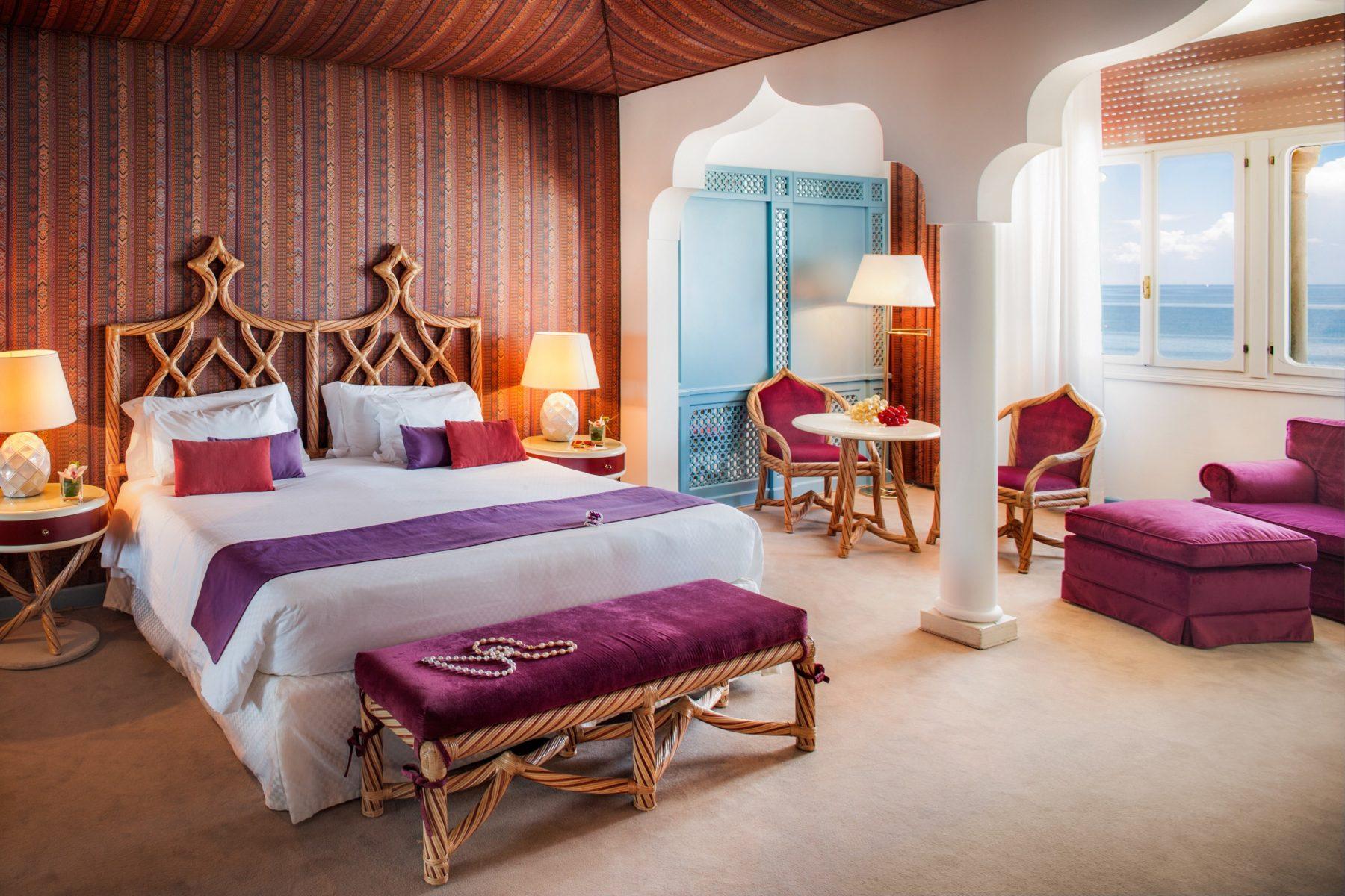 Le sontuose camere dell'Hotel Excelsior hanno ospitato personalità della politica, dell'arte e celebrità internazionali