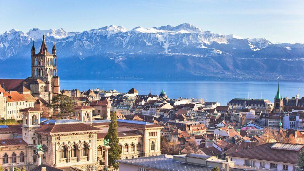 La capitale del Vaud è la signora del Lac Leman