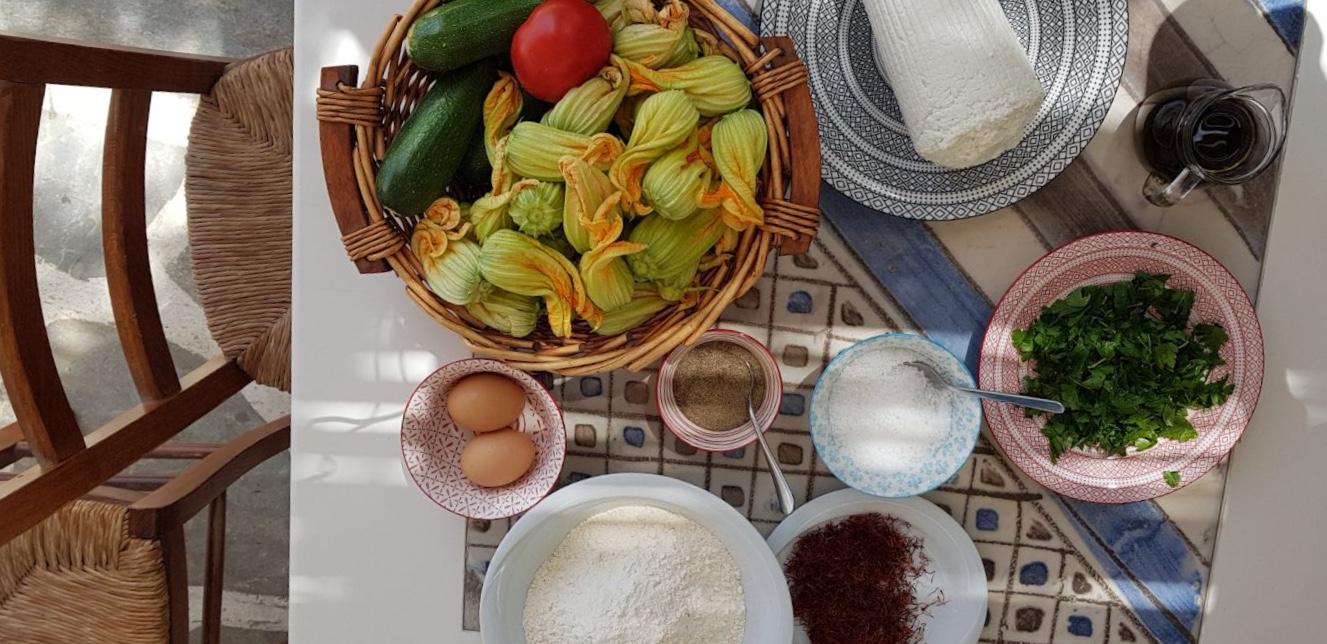 Le ricette locali vengono preparate con i prodotti freschi del territorio