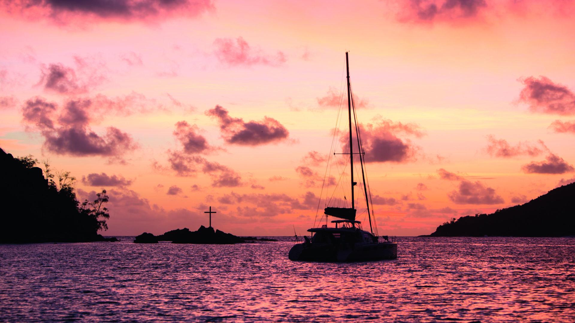 Il mare al tramonto, davanti al Constance Ephelia