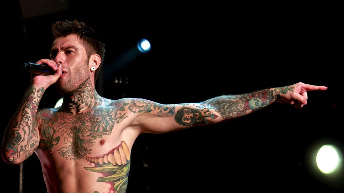 fedez paranoia airlines